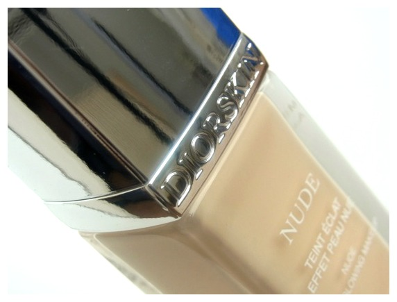 Dior Nude Skin Glowing Foundation – 010 Ivory