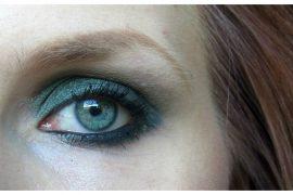 03 Nachgeschminkt Smoked Emerald