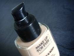 MUFE Face and Body – #38 Pink Porcelain