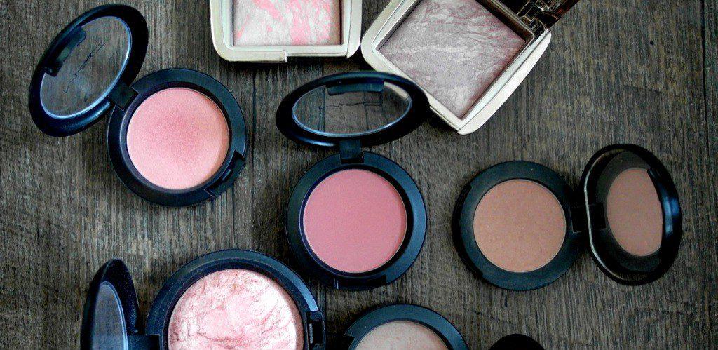 Besetzungscouch im Kosmetik-Wartezimmer